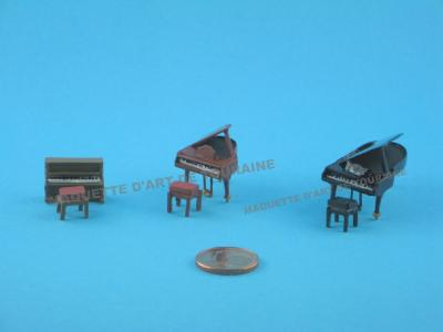 ASSORTIMENT DE PIANOS